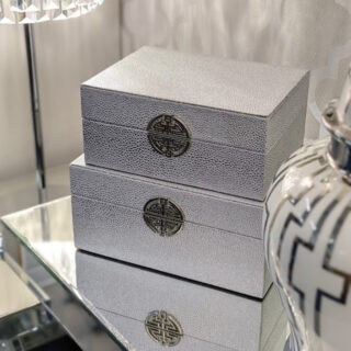 Set of 2 Silver Faux Leather Boxes